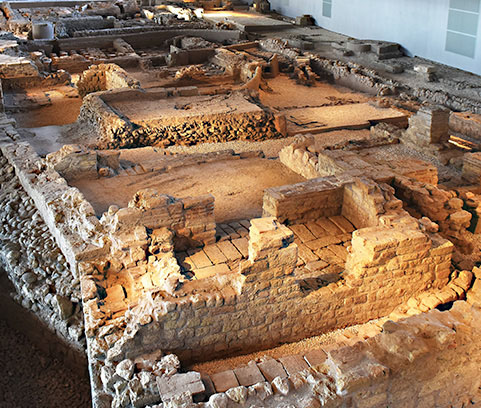 This 5th century discovery offers an intriging insight into one of the Romans' most important social venues, where the community would meet to enjoy food, exercise and a massage.